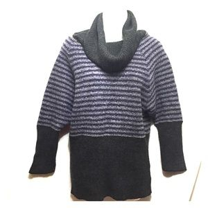 Free people sweater M/L purple gray cowl